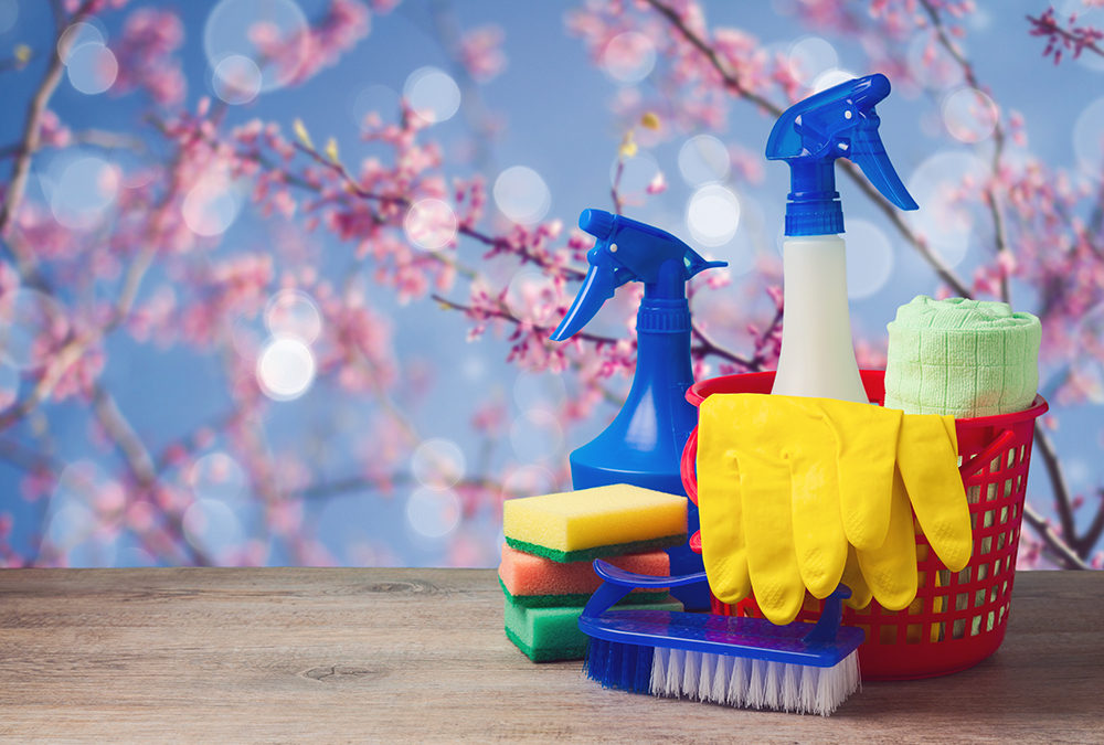 cleaning supplies, Kelly's Kleaning knows it's spring cleaning time so here are some home cleaning tips.