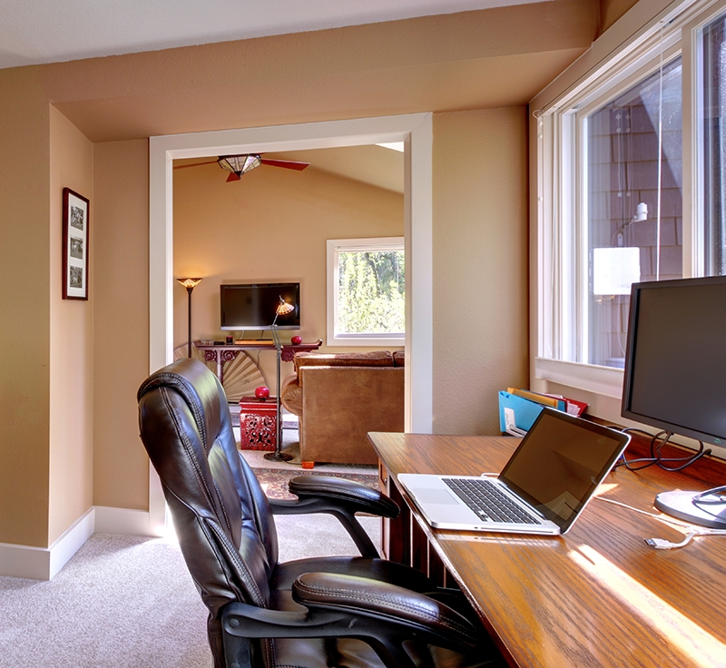 home office, Kelly's Kleaning is a cleaning business in the Leesport PA, Wyomissing PA, Sinking Spring PA, and Ephrata PA area that provides residential services like home office cleaning and more.